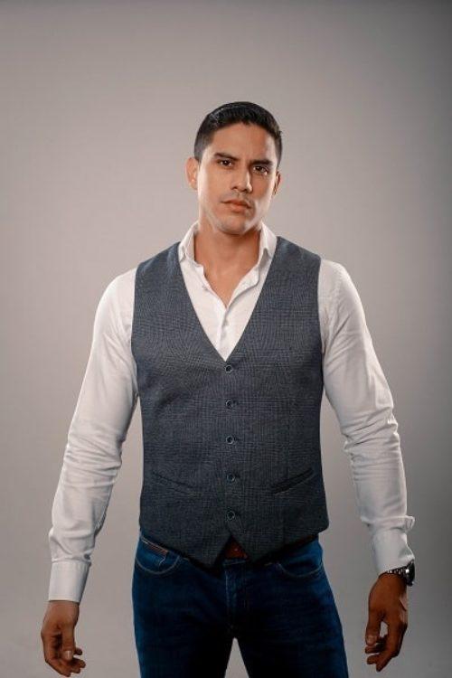Gigolo-Javier